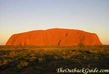 The biggest attraction near Alice Springs: sunset on Uluru