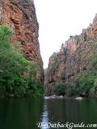 Twin Falls Gorge: view away from the falls