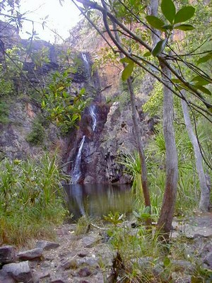 Sandy Creek falls, late in the dry season.