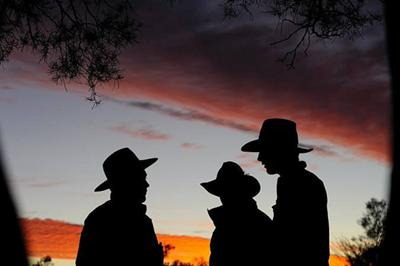 Hot - Life in the Australian Outback